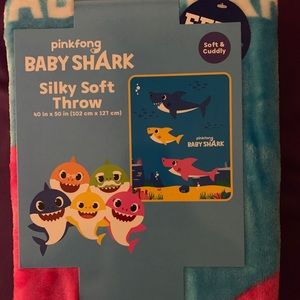 NWT Baby Shark Silky Soft throw. NEW RELEASE!!!